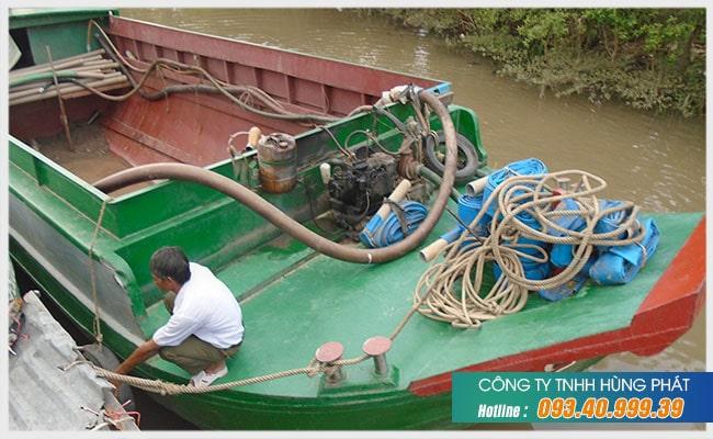 Công ty Hùng Phát chuyên thu mua ghe tàu cũ giá cao