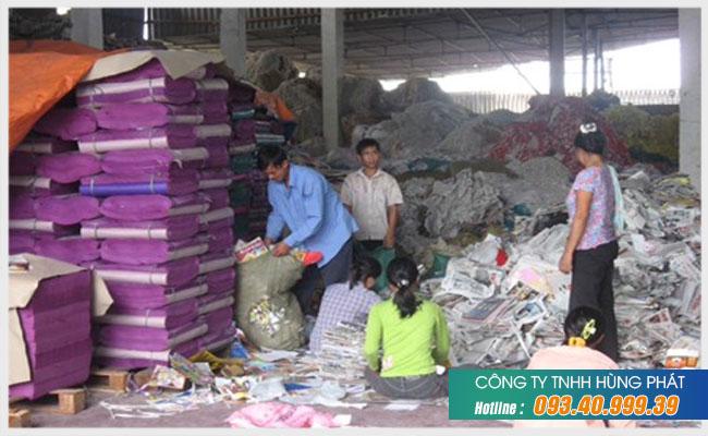 Đội ngũ nhân viên thu mua vải chuyên nghiệp