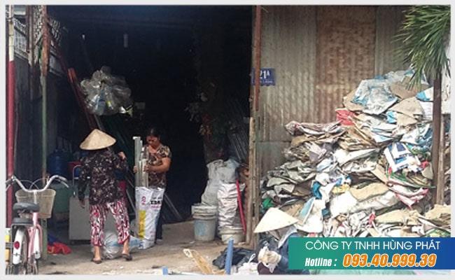 Hùng Phát- Vựa ve chai thu mua giá cao nhất tại TPHCM
